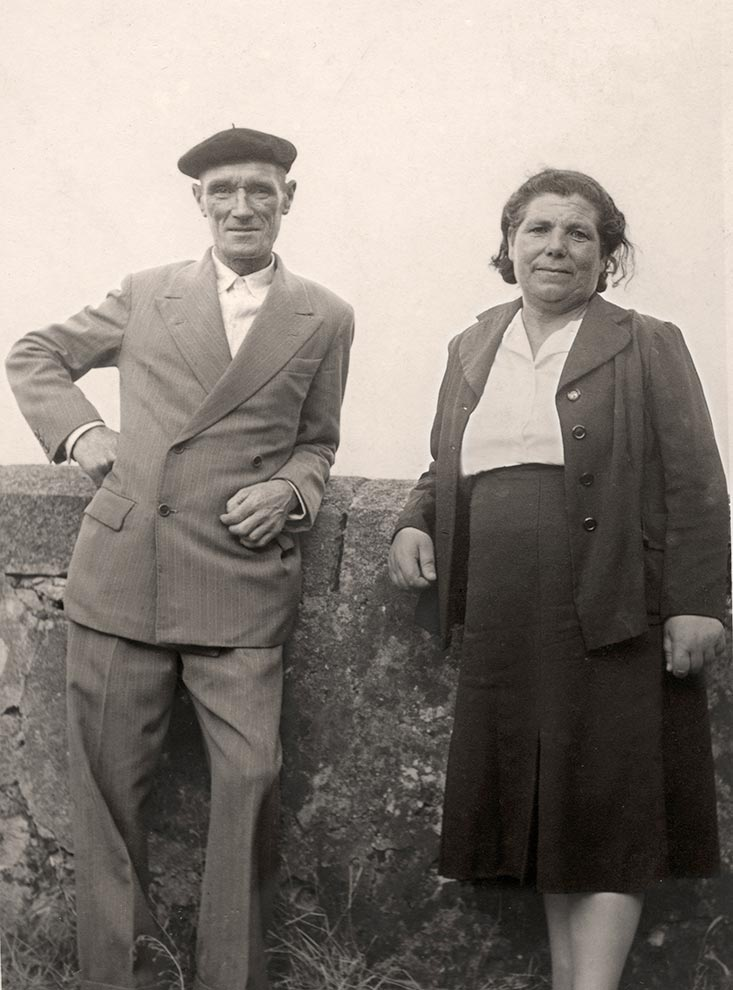 Jose Losada y Angelachu. Santoña, 1957